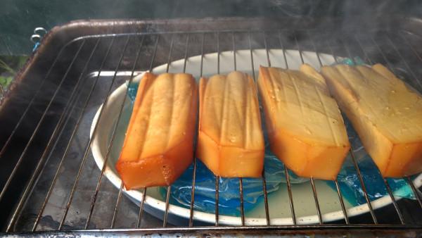 gerookte-kaas-2-levenindebrouwerij